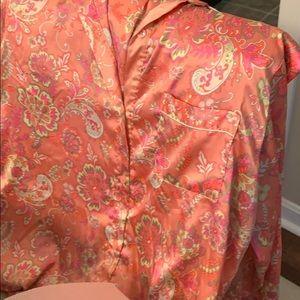 Victoria's Secret Intimates & Sleepwear - Victoria Secret preowned silk Pajamas good cond.